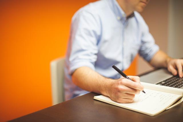 Jak można szybko awansować w pracy?