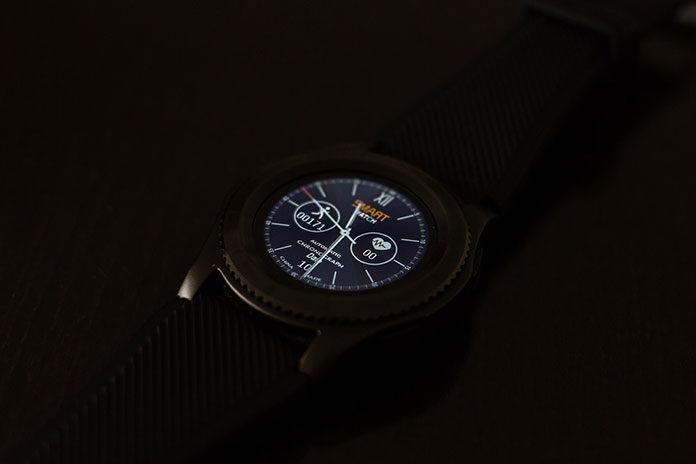 Smartwatch - świetny dodatek do smartfona